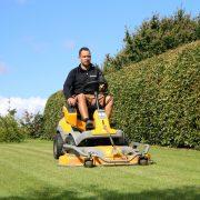 DR Tømrermester – haveservice – græsslåning